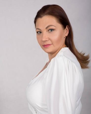 Zdjęcie przedstawia Marta Sztandarska